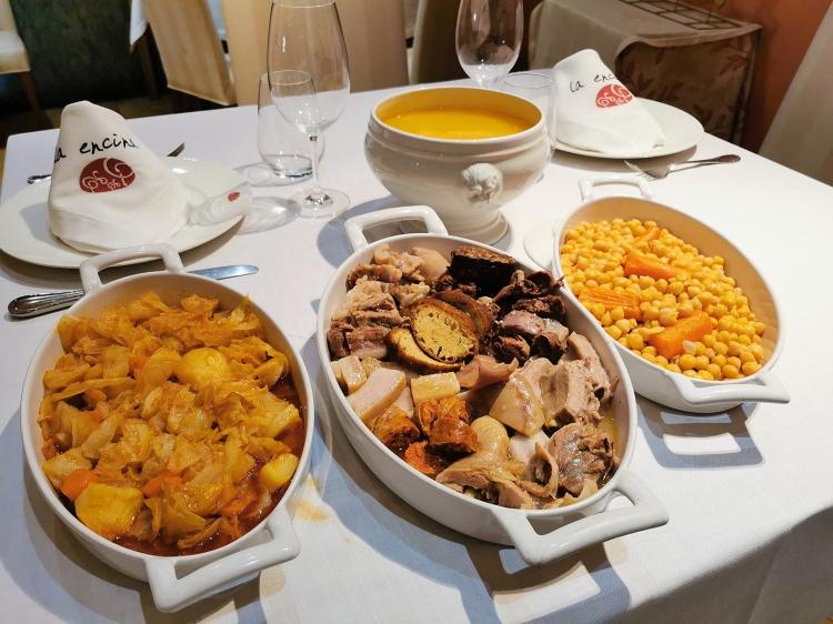 El cocido en La Encina con sus tres vuelcos